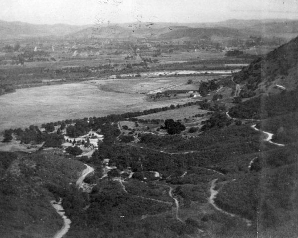 Griffith park and Glendale peach orchards, ca. 1900 (image credit: Los Angeles Public Library)