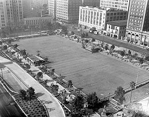 Pershing Square with underground parking garage, 1954 (image credit: Los Angeles Public Library)